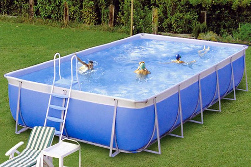 Costruzione piscine fuori terra - Piccole piscine in casa ...