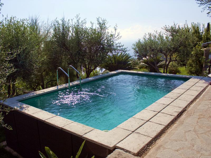 piscine laghetto - Roero Piscine - costruzione e realizzazione piscine