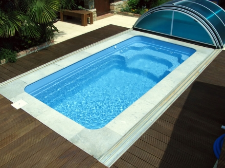 costruzione piscina vetroresina